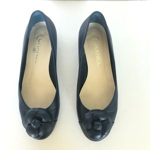 Navy Blue Camellia Flower Leather Ballet Flats